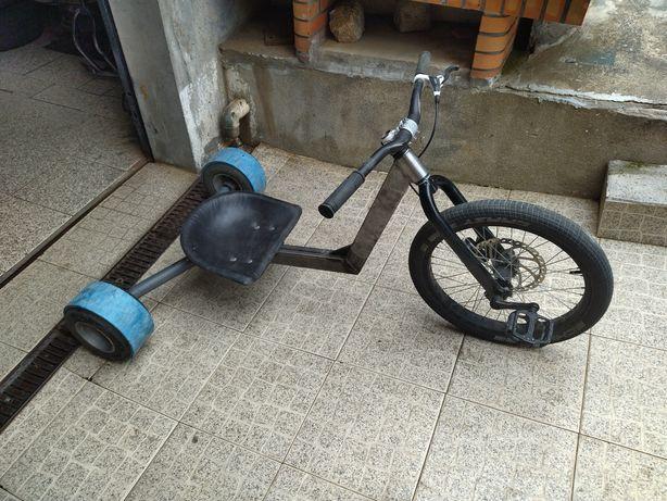 Drift trike com pedais
