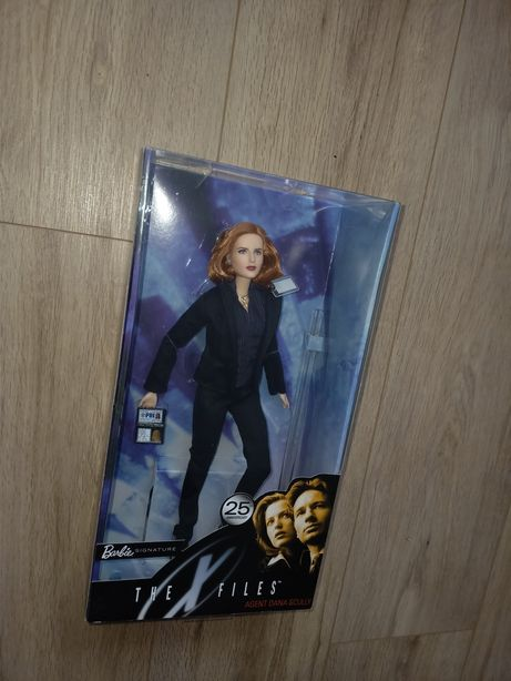 Barbie collector X-files Scully NRFB