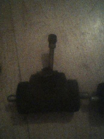 cylinderki hamulcowe do ursusa c355,c360,c4011 nowe z prl