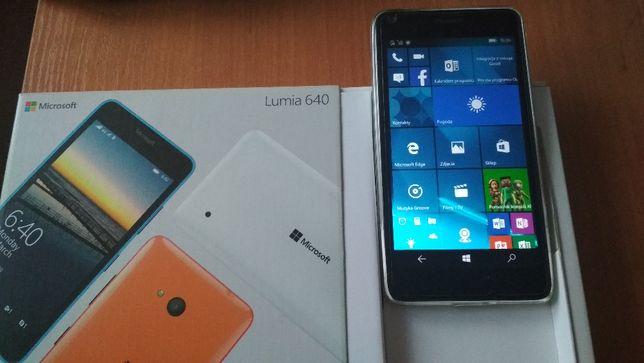 Smartfon Microsoft Lumia 640 biały stan idealny