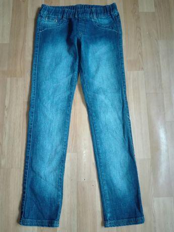Elastyczne jeansy na gumce 128-134 Mayoral spodnie kieszenie