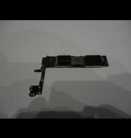 iPhone 5s, 6 на 16gb без iCloud.