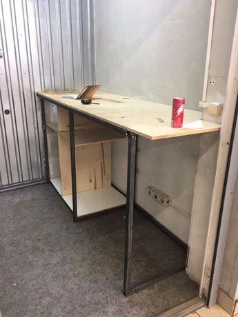 Стол для кафе, магазина, мастерской и т д