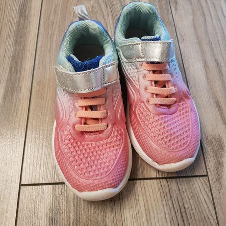 Светящиеся кроссовки 27 размер