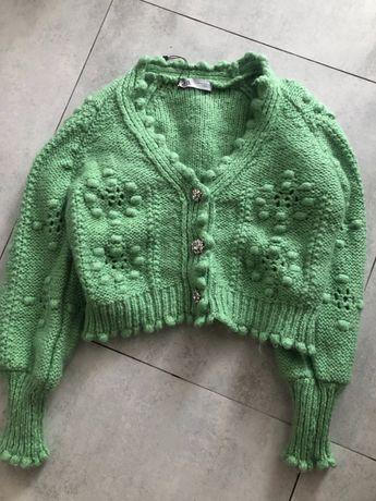 Sweter zara pompony zielony bizuteryjne guziki m