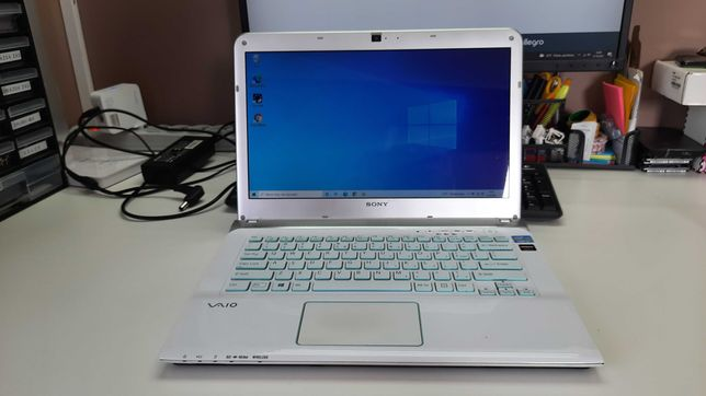"""Laptop SONY Vaio 14"""" i3 4gb 120GB SSD windows 10  BIAŁY !"""