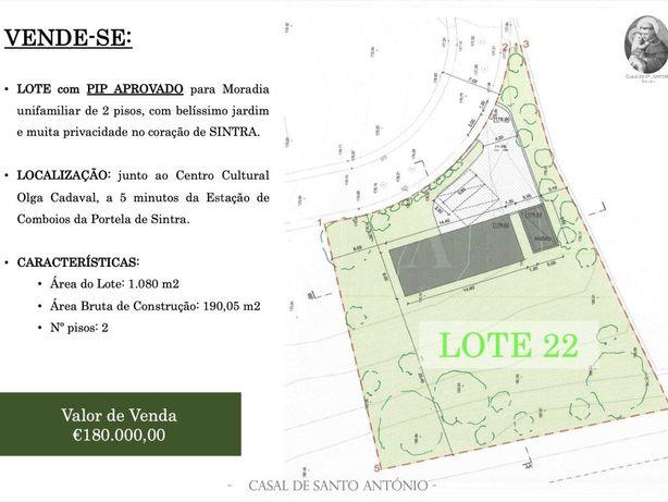 Terreno Com Projecto Aprovado Para Moradia V3 Com Piscina