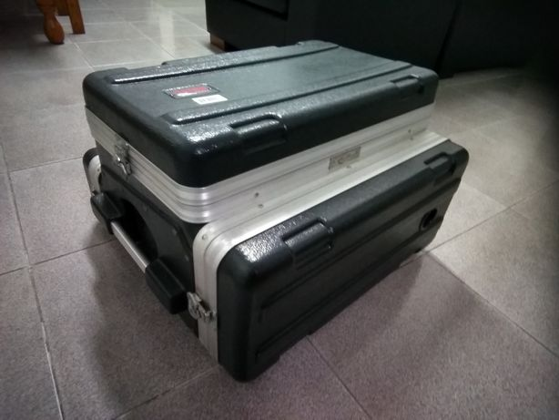 Case / Gator Cases  GRC - 6x2