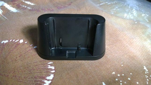 Док-станция Sony DK200 (от Sony Xperia S) 5.0 V 1,5 A