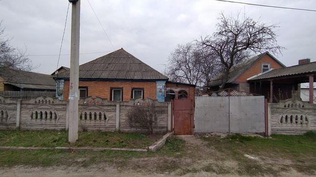 Продам дом в Пирятине