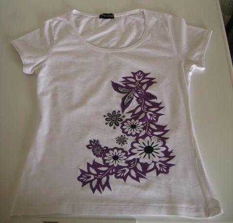 T-shirts de senhora Tamanho M sem Uso