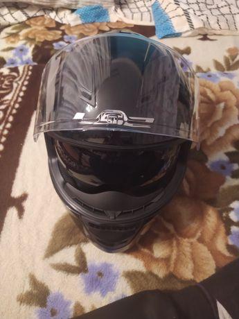 Kask LS2 na motocykl motor