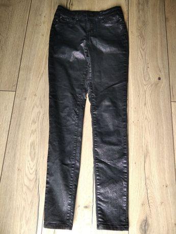 Czarno srebrne rurki - połyskujący jeans, sexy, roz. 36 F&F