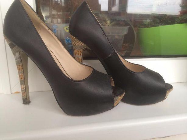 Туфли на шпильке Top Secret хорошее состояние