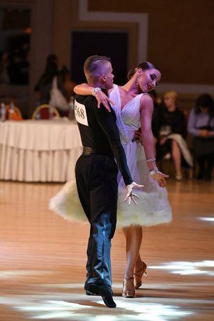 Продам платье для бальных танцев La