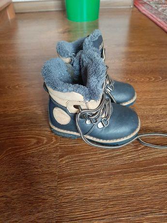 Зимові чобітки для хлопчика 1-2 р. Ціну знижено!