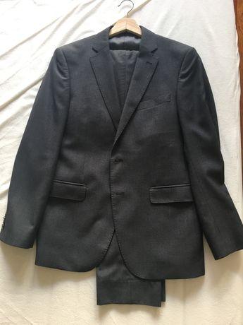 Fato cinzento Suits Inc