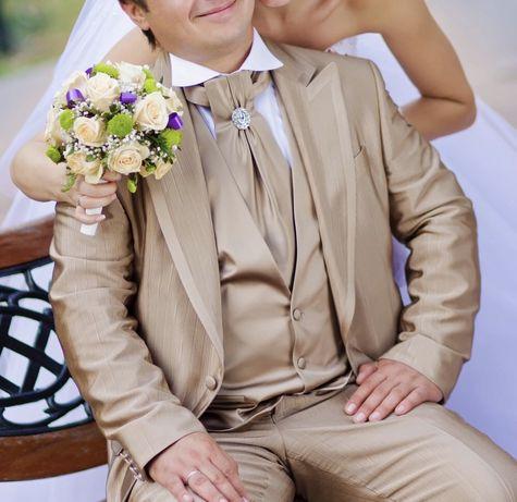 Классный свадебный костюм тройка Morandi Bocci