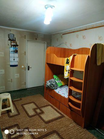 В срочной продаже комната в общежитии на 1 этаже