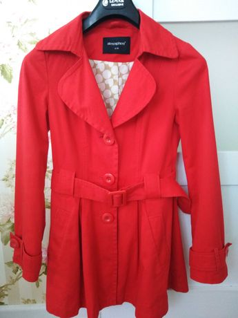 r. 36 S trencz Atmosphere płaszcz czerwony wiosna