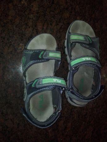 Sandałki chłopięce Fila rozmiar 33
