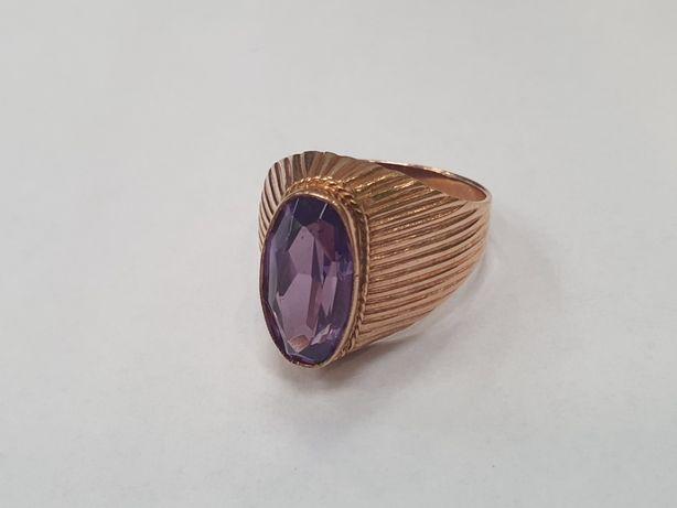 Piękny złoty pierścionek / sygnet/ 585/ Aleksandryt/ 7.6 gram/ R20