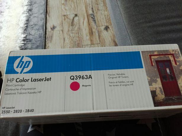 Toner HP q3963A