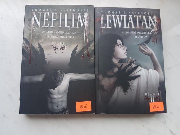 """Książki """"Nefilim"""" i """"Lewiatan"""" Thomas E. Sniegoski"""