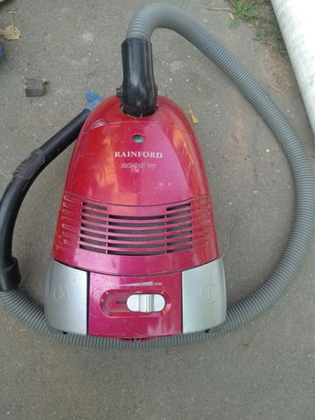Пылесос Rainford 2000w