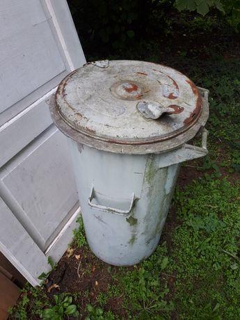 Kosz kubeł plastikowy na śmieci ok 120litrów