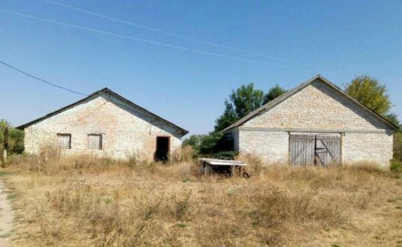 Продам будівлю ферми