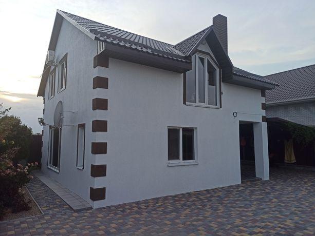 Продам Два двухэтажных дома на одном участке в новом районе