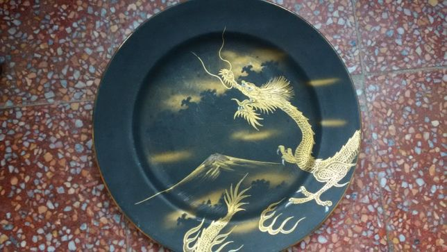 Prato porcelana pintado a mão Soko China
