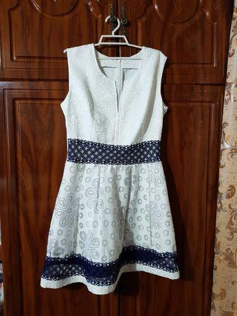 Жіноче літнє плаття