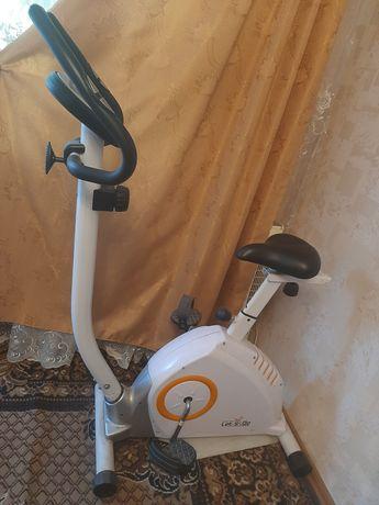 Велотренажер В0801А