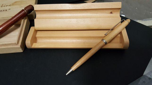 Canetas de coleção em madeira