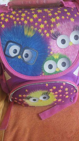 Отдам школьный рюкзак