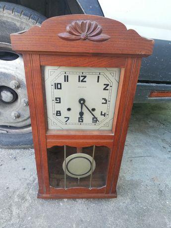 Relógio boa reguladora usado precisa de ser afinado