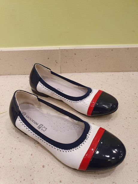 Pantofelki skórzane r. 32