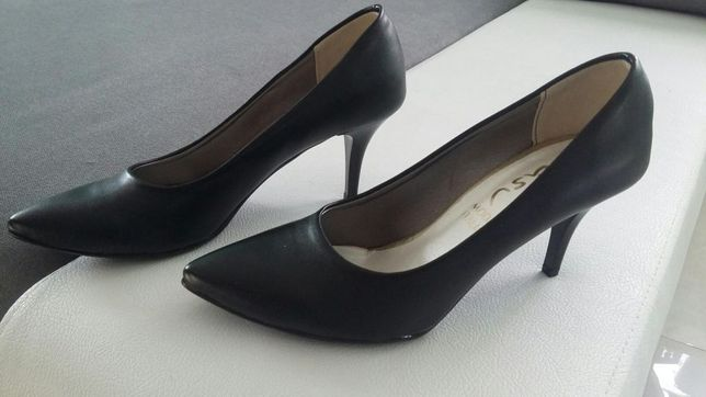 Czółenka buty