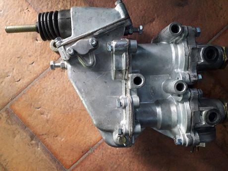 Кран тормозной т-150к; хтз-17221; (151.64.027)