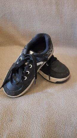 Продам кросы Lupilu стелька 17см