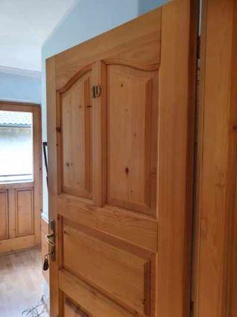 Stolarka wewnętrzna drewniana,drzwi -pokój łazienka