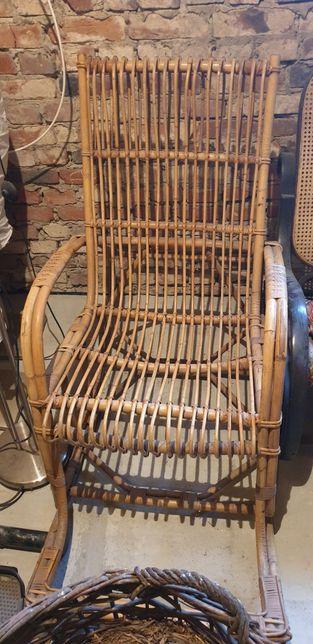 Fotel bambusowy bujany