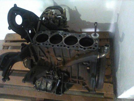 Motor Nissan Vanette 2.3D
