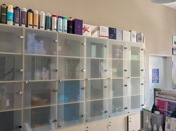 Продам шкаф для офиса,салона красоты