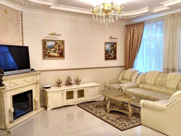 Центр Аренда 3-к апартаменты квартира  Золотые Ворота,  Б.Хмельницкого