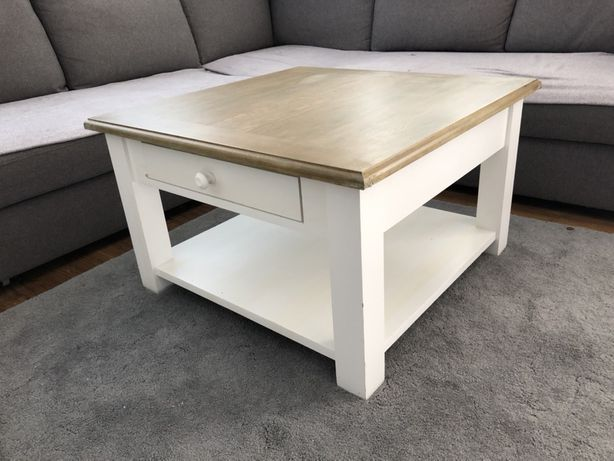 Drewniany stolik  kawowy 80x80cm