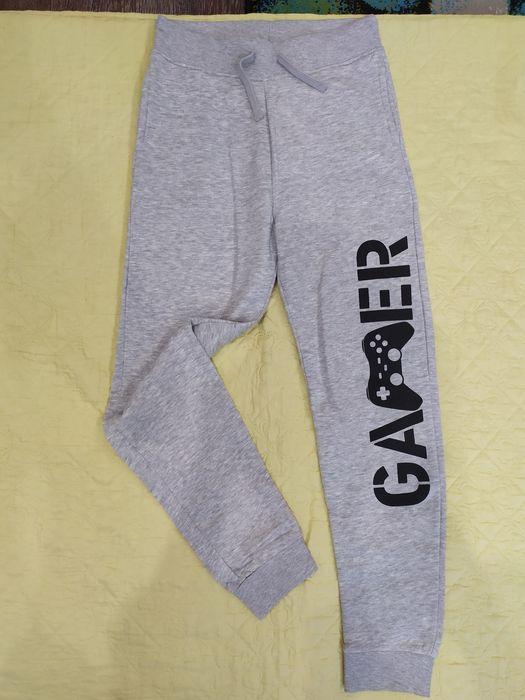 Новые спортивные штаны H&M для мальчика Первомайский - изображение 1