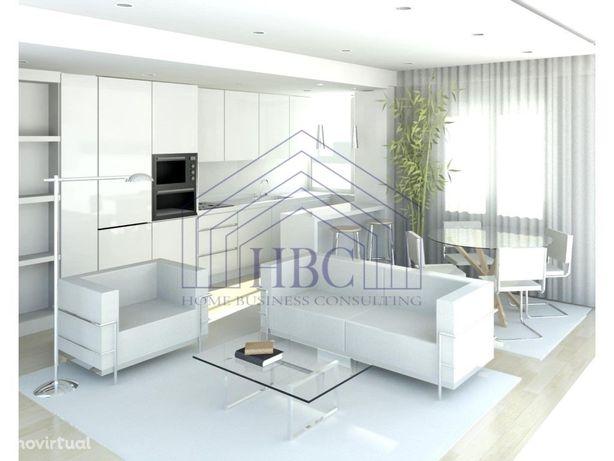 Apartamento T2 com SUITE – Totalmente Remodelado – Lumiar...